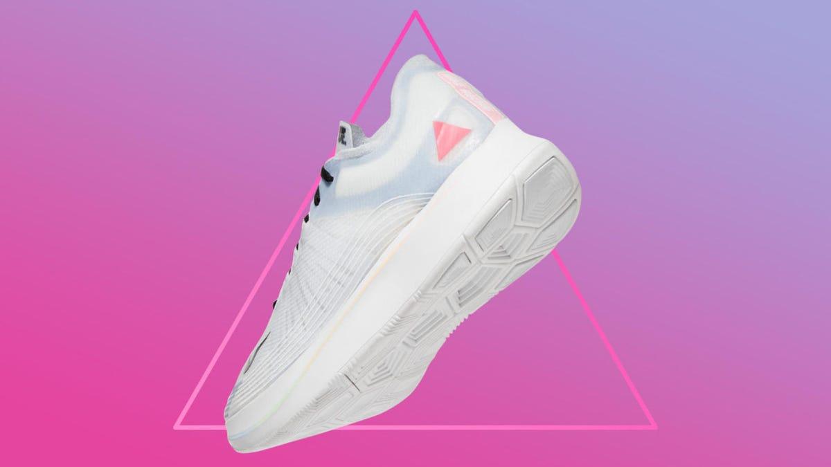 NIKE AIR VAPORMAX PLUS 'BUMBLEBEE' $135.96 Sneaker Steal  Sneaker Steal