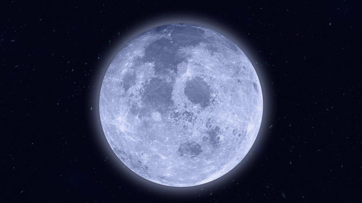 How to Catch the Last Supermoon of 2020