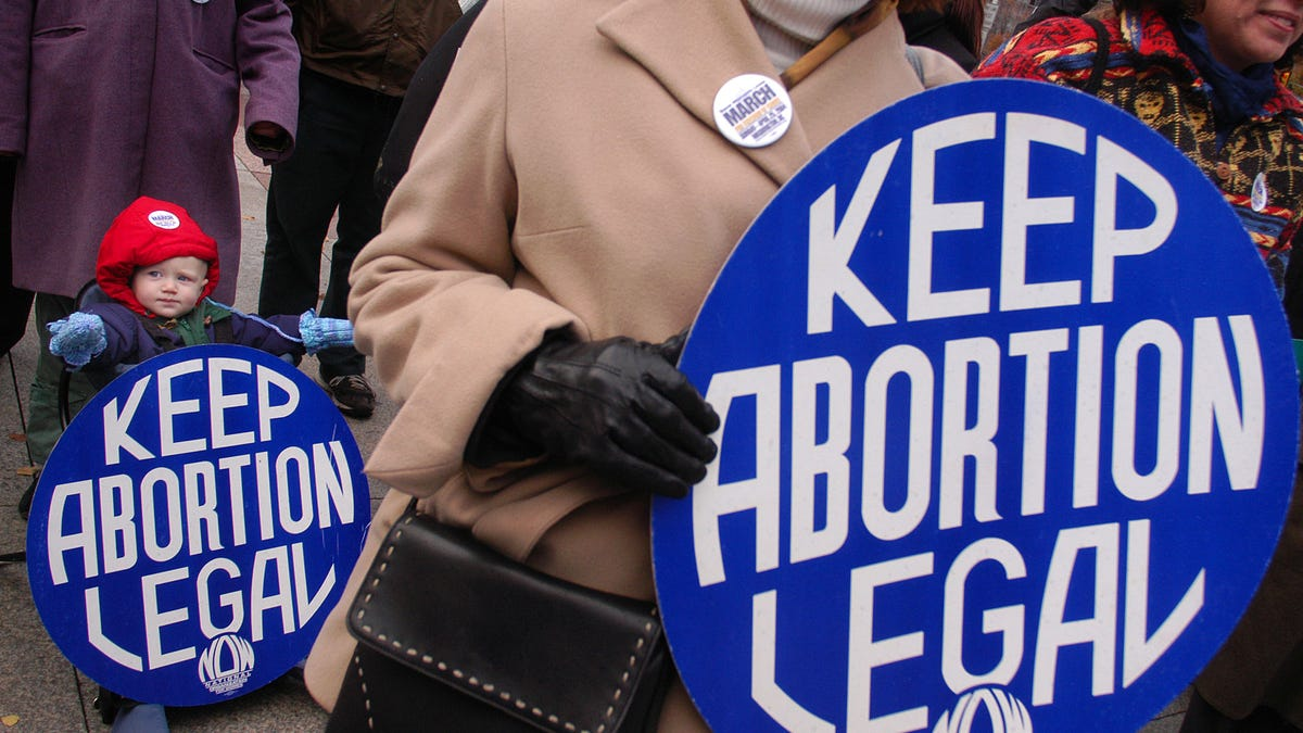 Court Gives Tennessee Permission to Criminalize Certain Abortion Procedures
