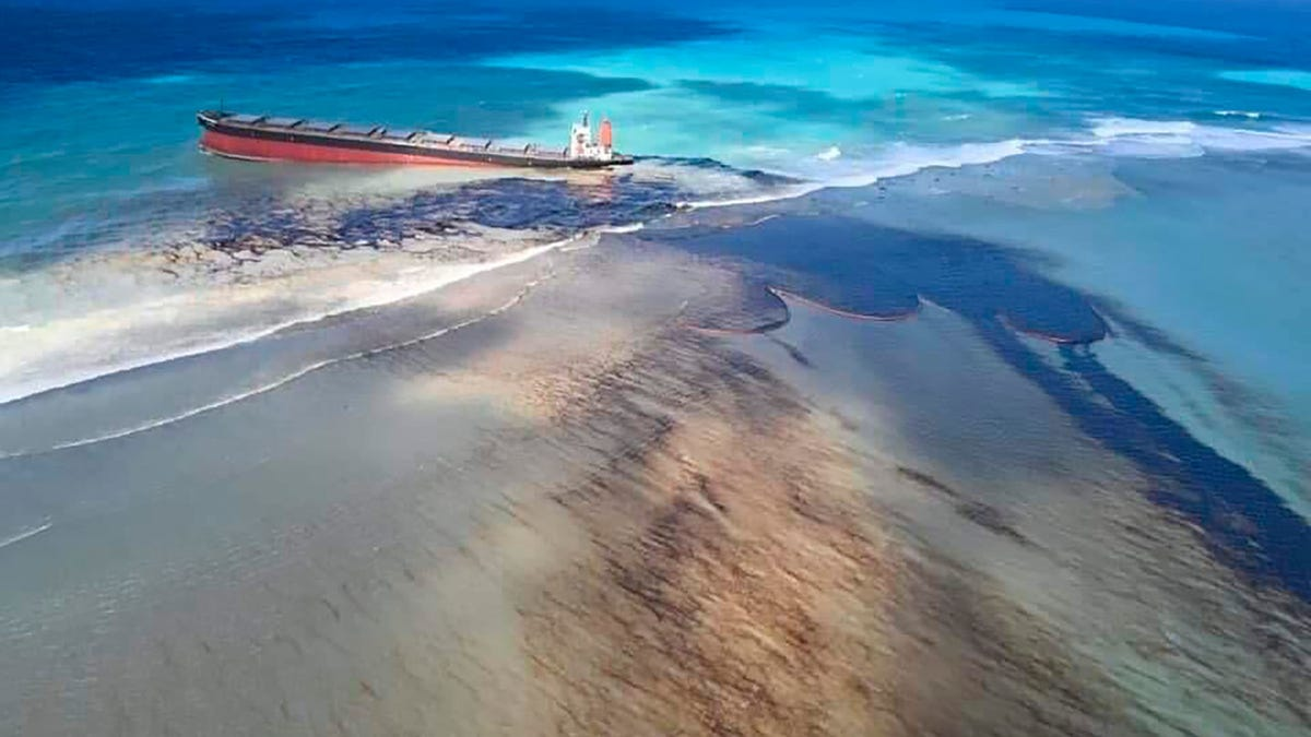 Mauritius Faces Environmental Crisis as Stranded Ship Leaks Oil
