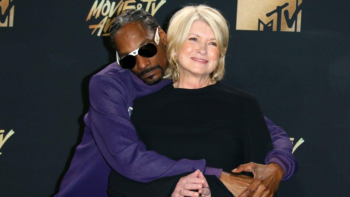 Snoop Doesn't Love Kobe, He Just Hates Black Women