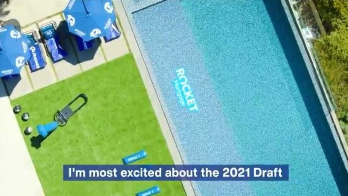Rams, clearly jealous of Kliff Kingsbury's house, retreat to Malibu mansion for draft