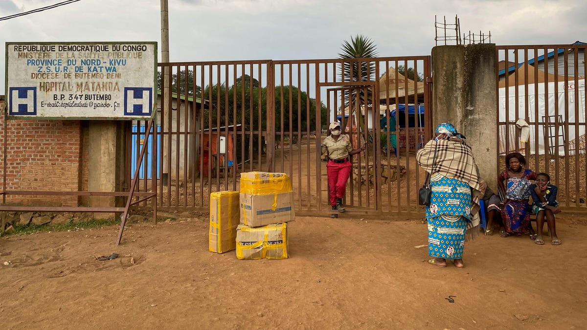Ebola Has Returned to Africa and Officials Are Racing to Contain It - Gizmodo