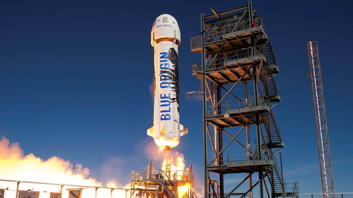 Watch Live: Blue Origin Launches 'Mannequin Skywalker' to Suborbital Space