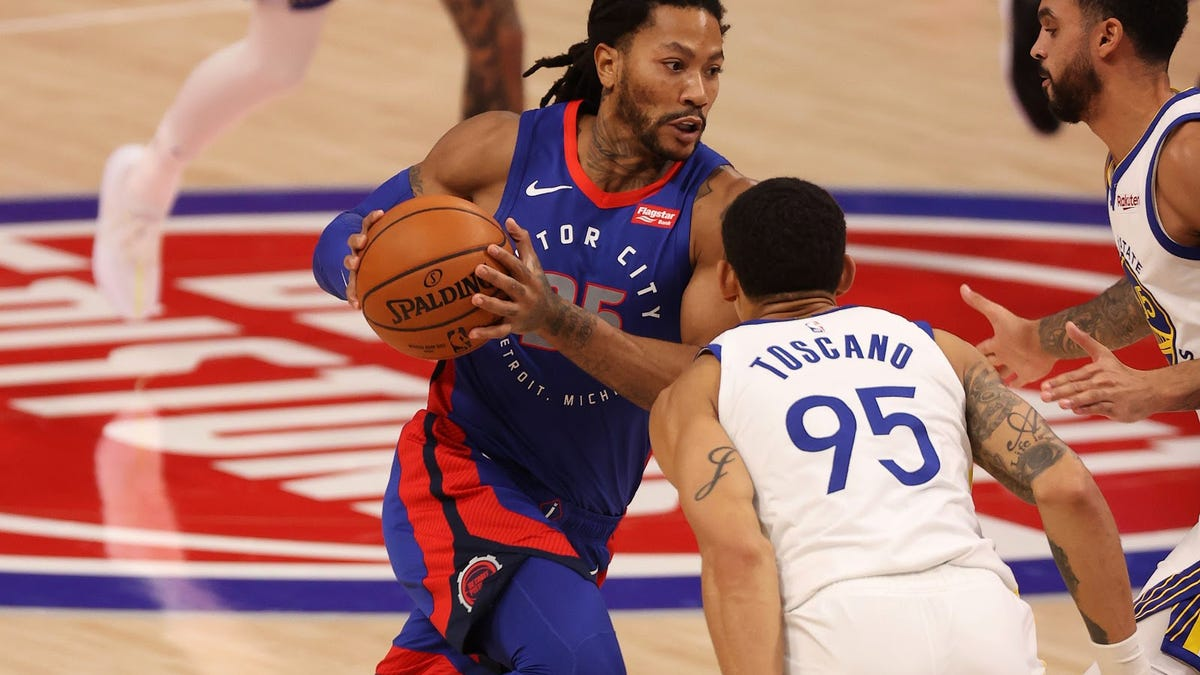 Derrick Rose ('memba him?) has quietly been a reliable fantasy guard option