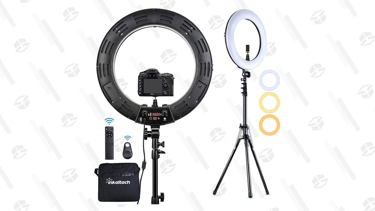 Take Bomb Selfies With a Trendy, $90 Ring Light