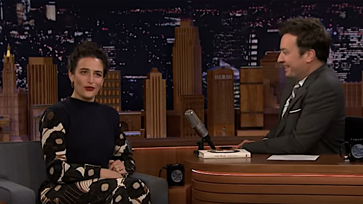 Jenny Slate's engagement story is exactly as goofy and adorable as you'd expect