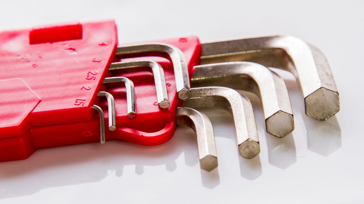 How to Buy the Right Allen Wrench Set (Because You Need One)