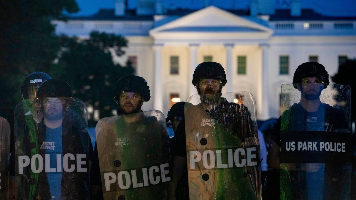 Cómo es por dentro el búnker de la Casa Blanca donde se escondió Trump