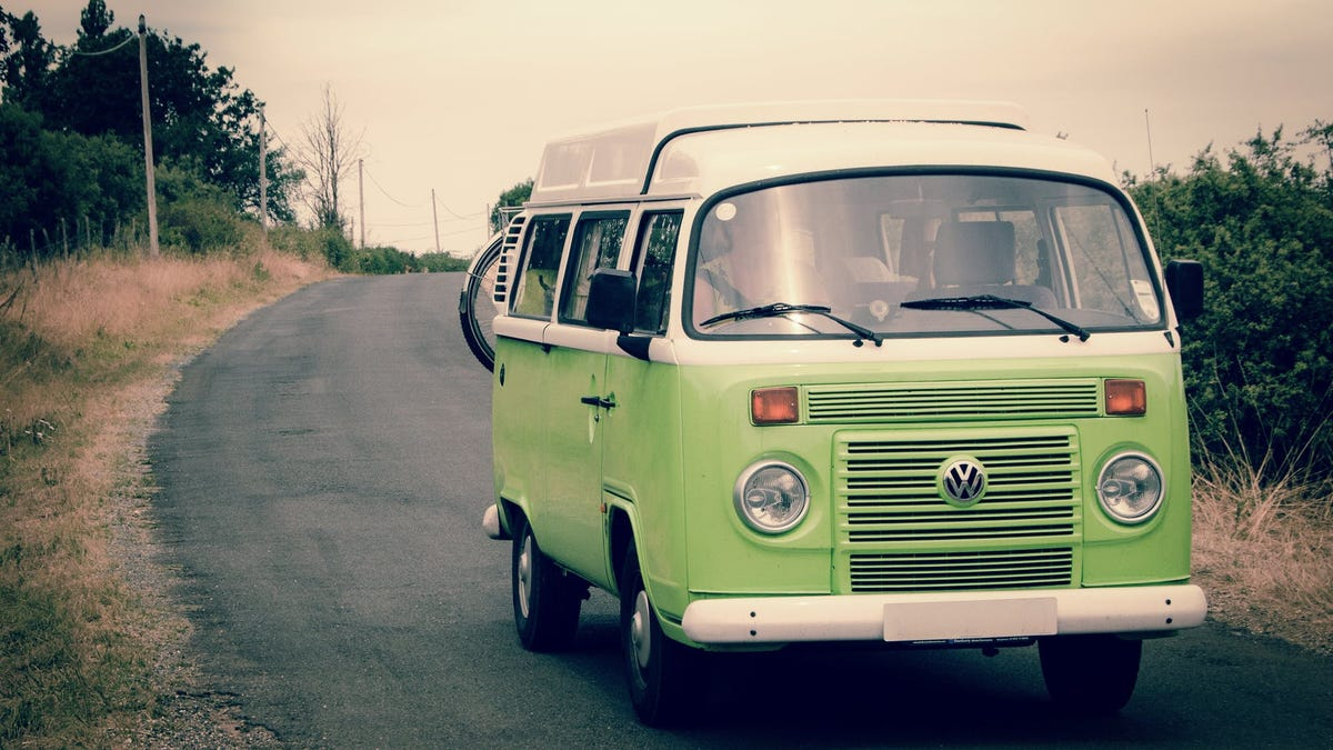 Rent an RV for the Weekend Cheap With This 'Airbnb for Camper Vans'
