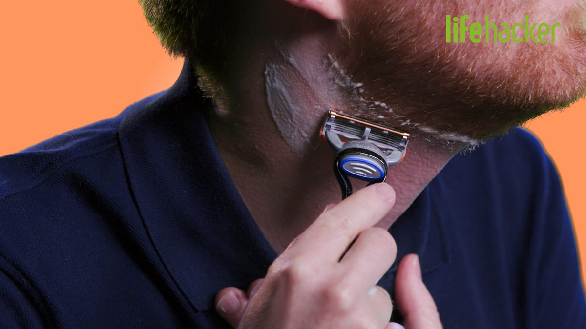 How to Shave With a Manual Razor