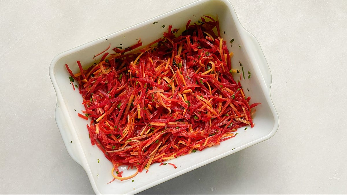 This Simple Carrot Salad Is the Perfect Summer Side Dish