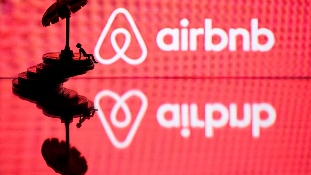 Airbnb Would Just Love It if You Could Just Postpone Your Orgy Until Next Year thumbnail
