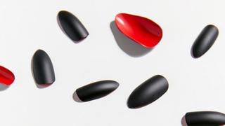 Static Nails - Caviar