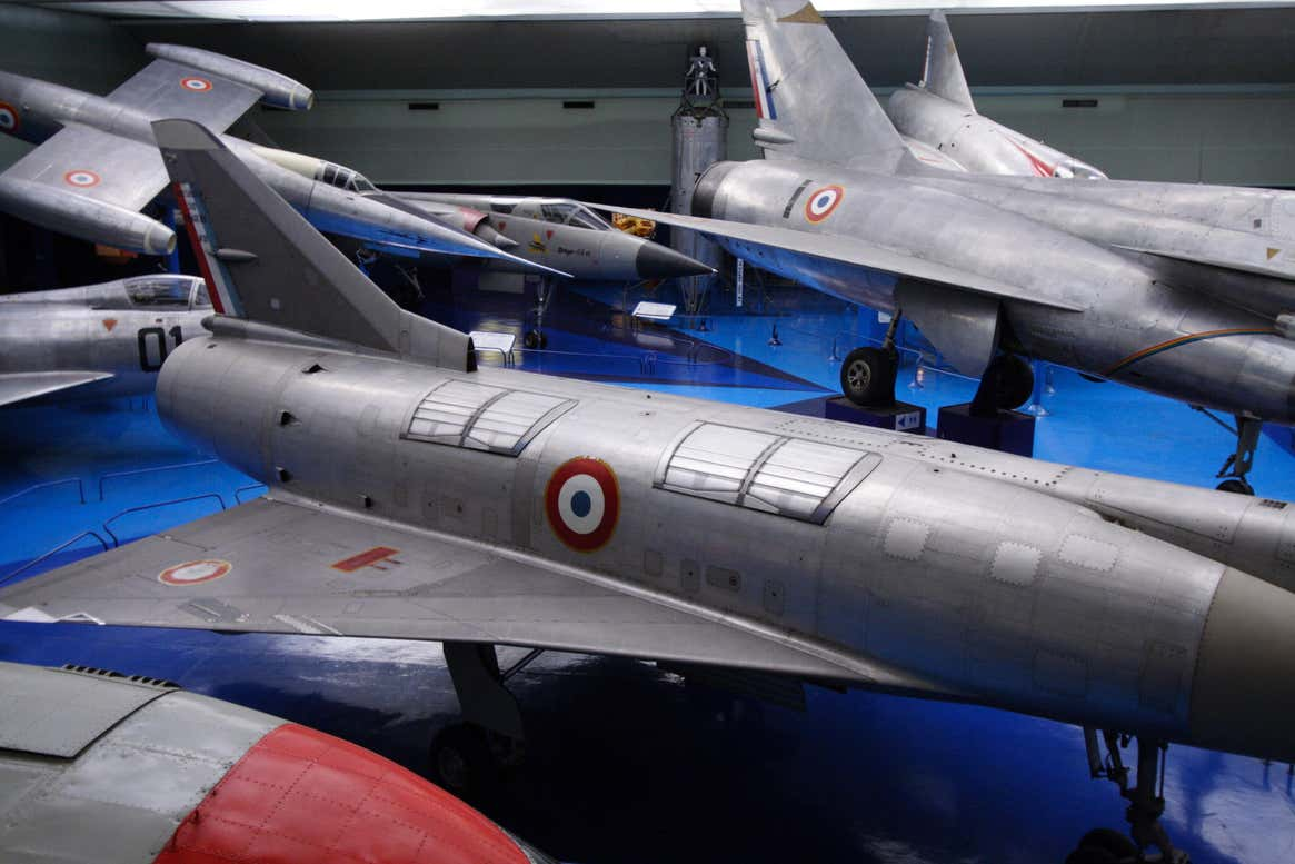Details of the Mirage IIIV's lift jet inlet doors