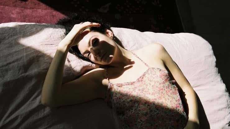 Lorde Releases Third Album Solar Power