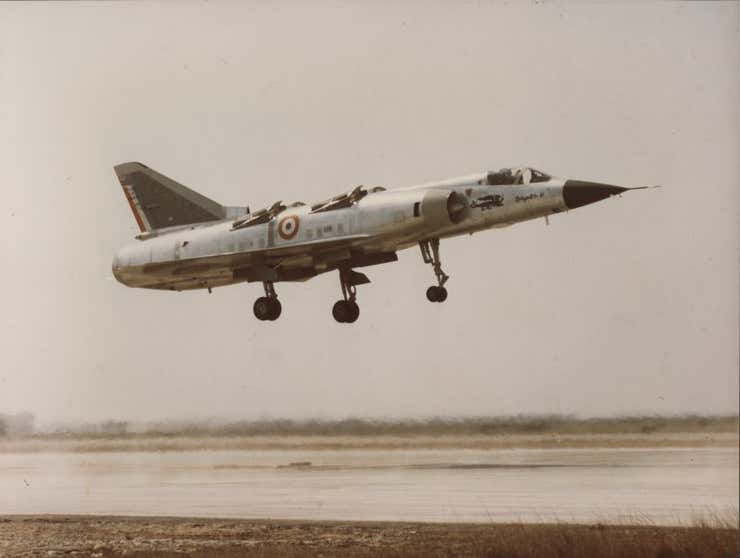 The Mirage IIIV in flight