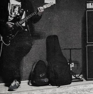 grunge Listen to Nirvana