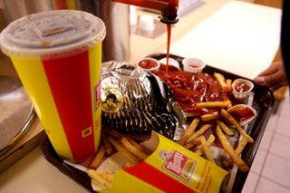 Nation's Fast Food Patrons No Longer Trusted To Dispense Own Ketchup