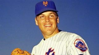 Illustration for article titled RIP MLB Legends Tom Seaver  Lou Brock