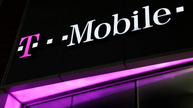 A Whole Bunch of T-Mobile Prepaid Customers Got Hacked
