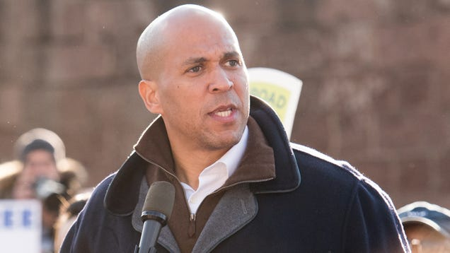 Cory Booker Taken Aback To Find Dozens Of Pictures Of Himself On Buttigieg Campaign Flyers