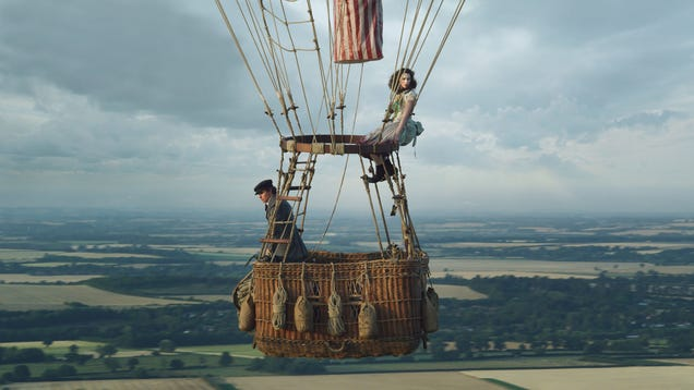 Felicity Jones and Eddie Redmayne are Aeronauts who soar in a hot-air balloon but bore on land