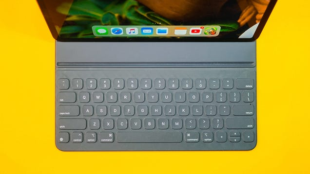 iPadOS vs a MacBook Pro in All the Tasks That Really Matter