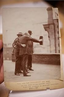 These Century-Old Selfies Make Instagram Look Like a Joke