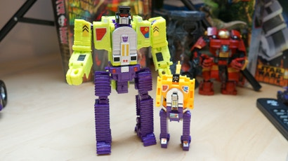 The Original Transformers Combiner Is Back And Bigger Than Ever