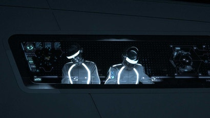 The Tron: Legacy Soundtrack Still Has The Best Driving Music