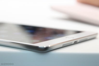 IPad Air 2 and iPad Mini 3 Hands-On: One Of These Tablets Feels Awesome