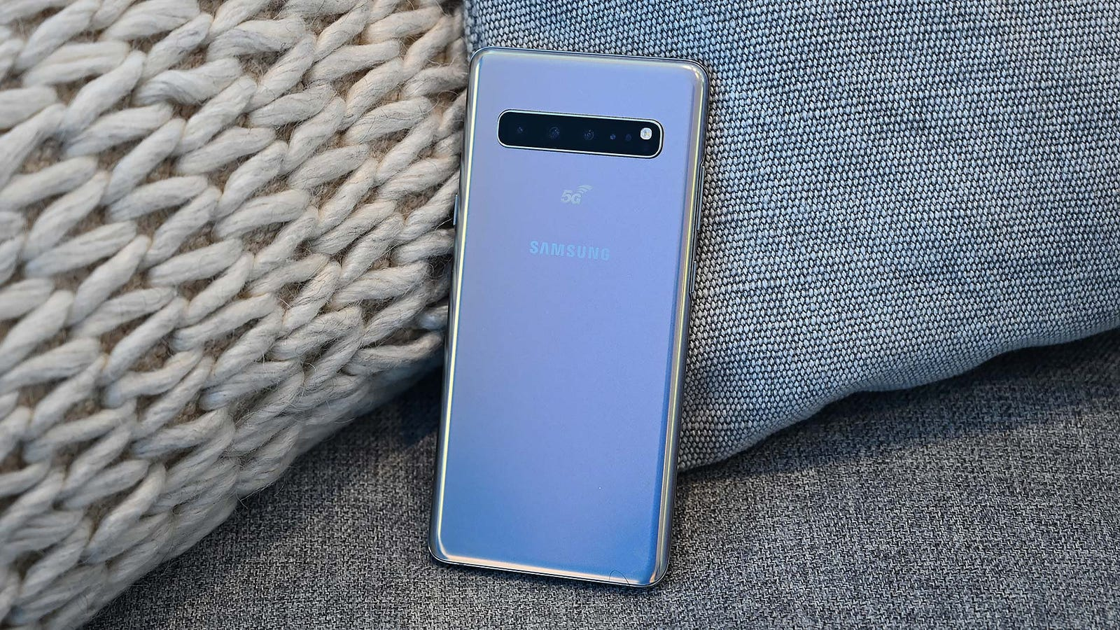 Since it wasn't quite ready to demo, the 5G S10 is little more than the very pretty brick for now.