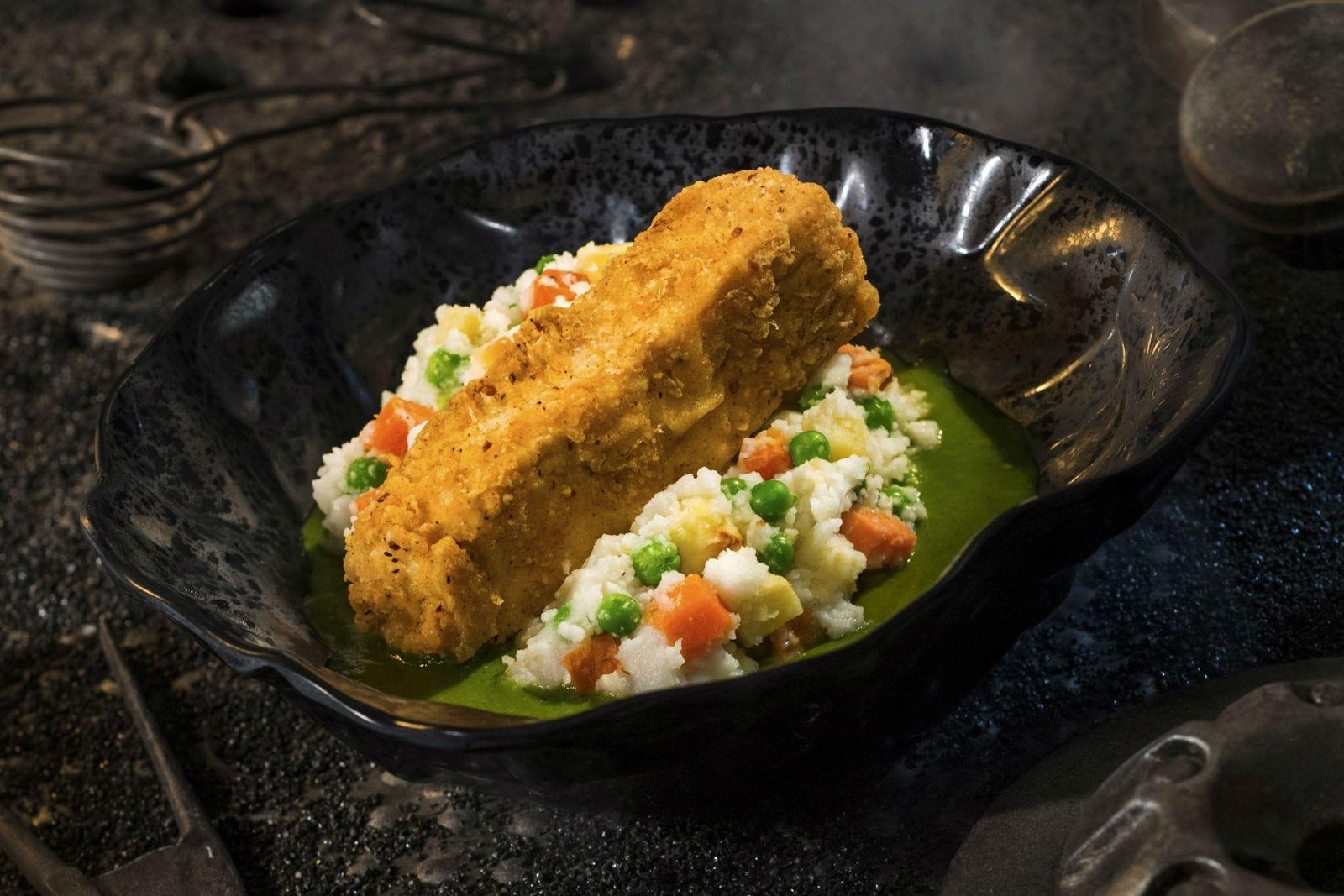 A continuación verás ejemplos de la comida en Docking Bay 7. Esto es Fried Endorian Tip-Yip.
