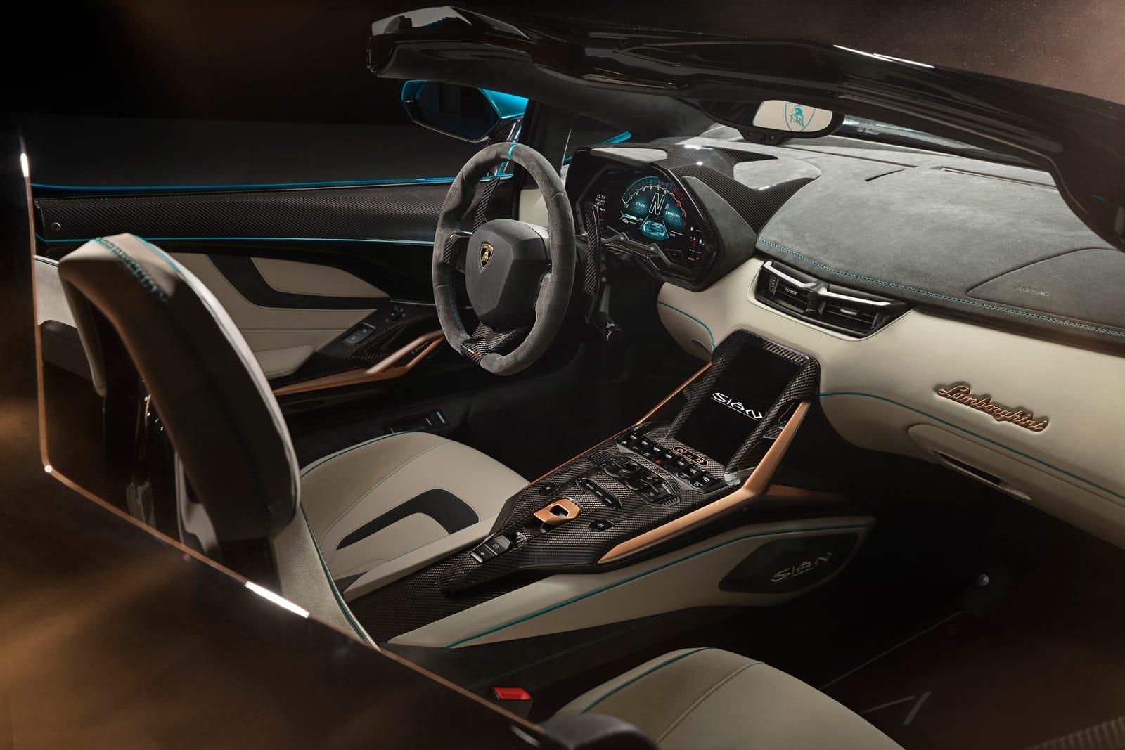 Illustration for article titled Lo nuevo de Lamborghini es un superdeportivo híbrido sin techo y con partes impresas en 3D