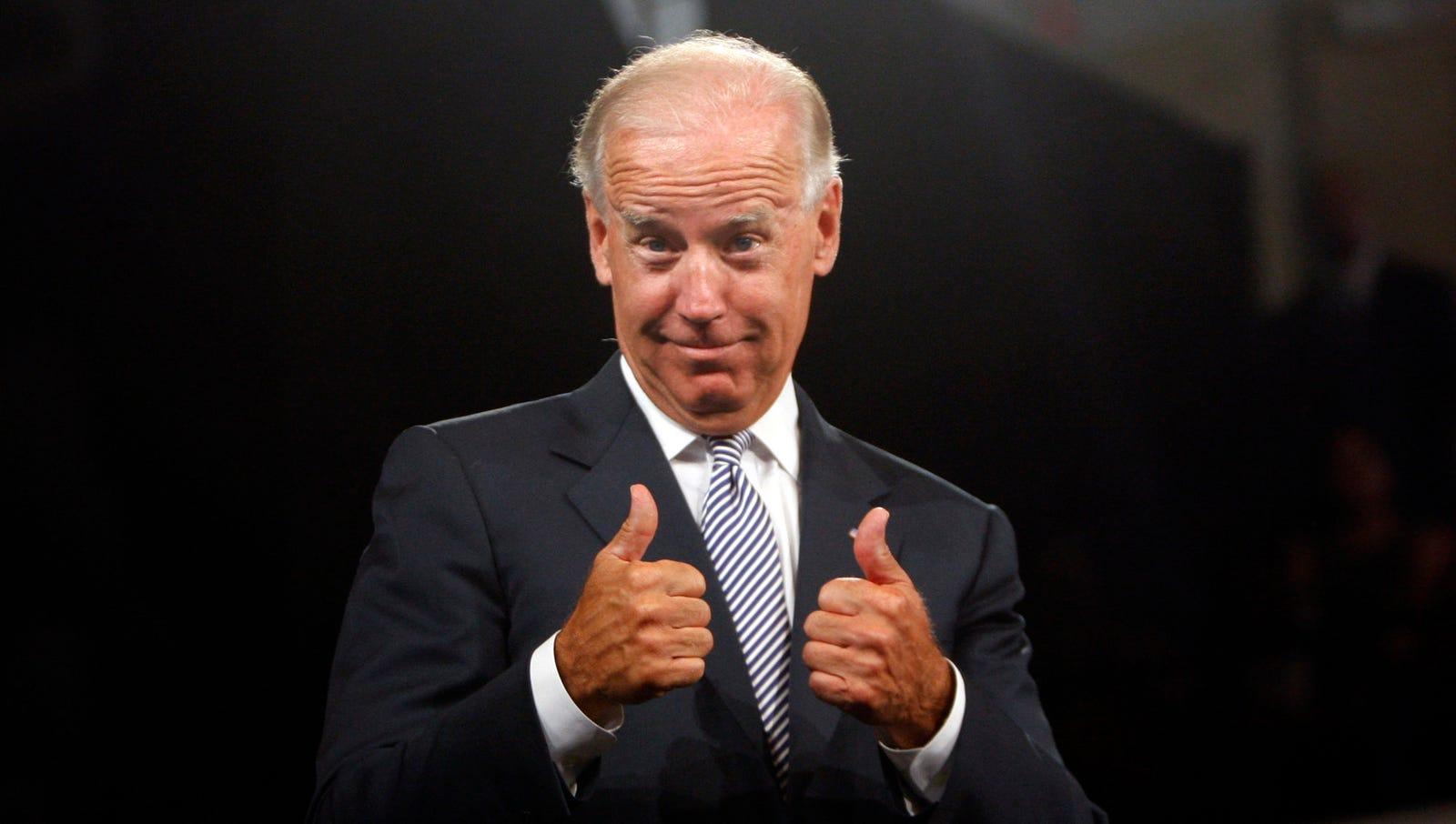 Biden Implores Obama To 'Rub One Out' Before Debate
