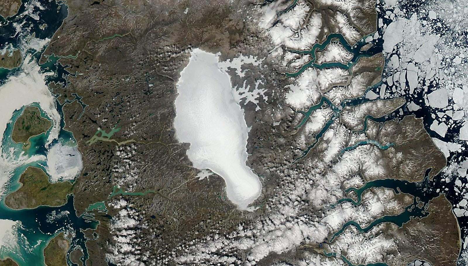The Barnes Ice Cap in July 2010.