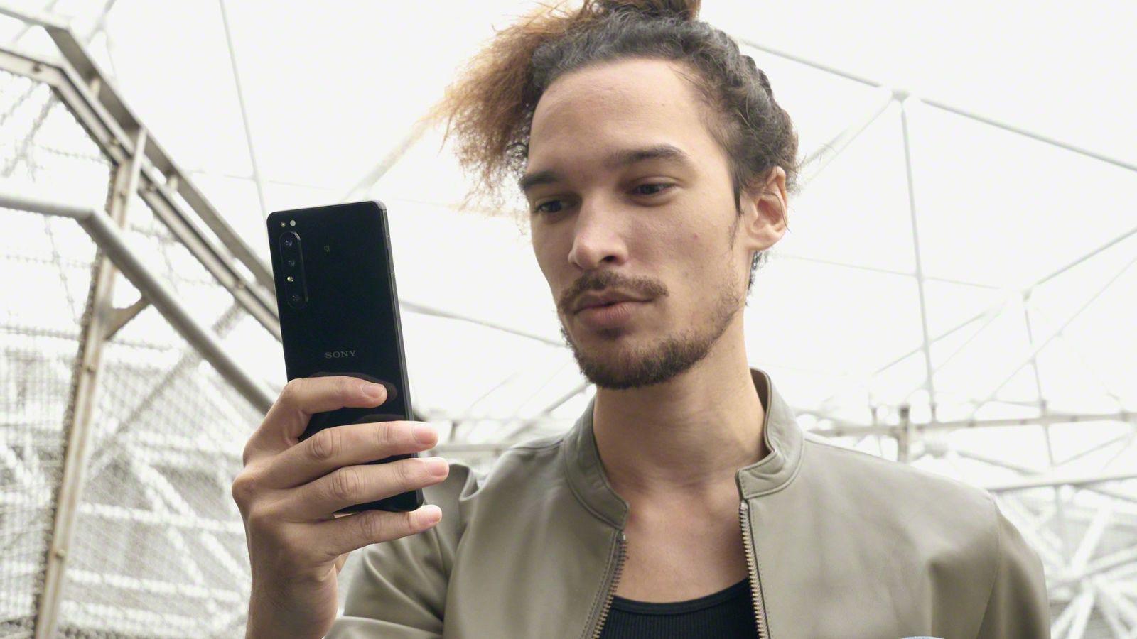Illustration for article titled Xperia 1 II: el nuevo smartphone de Sony reúne algunas de las grandes funciones de sus cámaras de gama alta