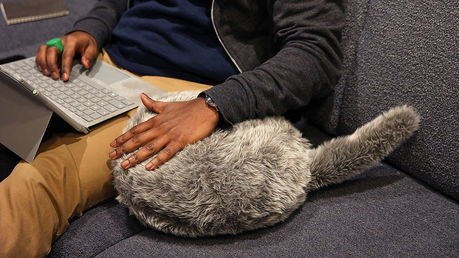 Nice work pillow. Image: Sam Rutherford/Gizmodo