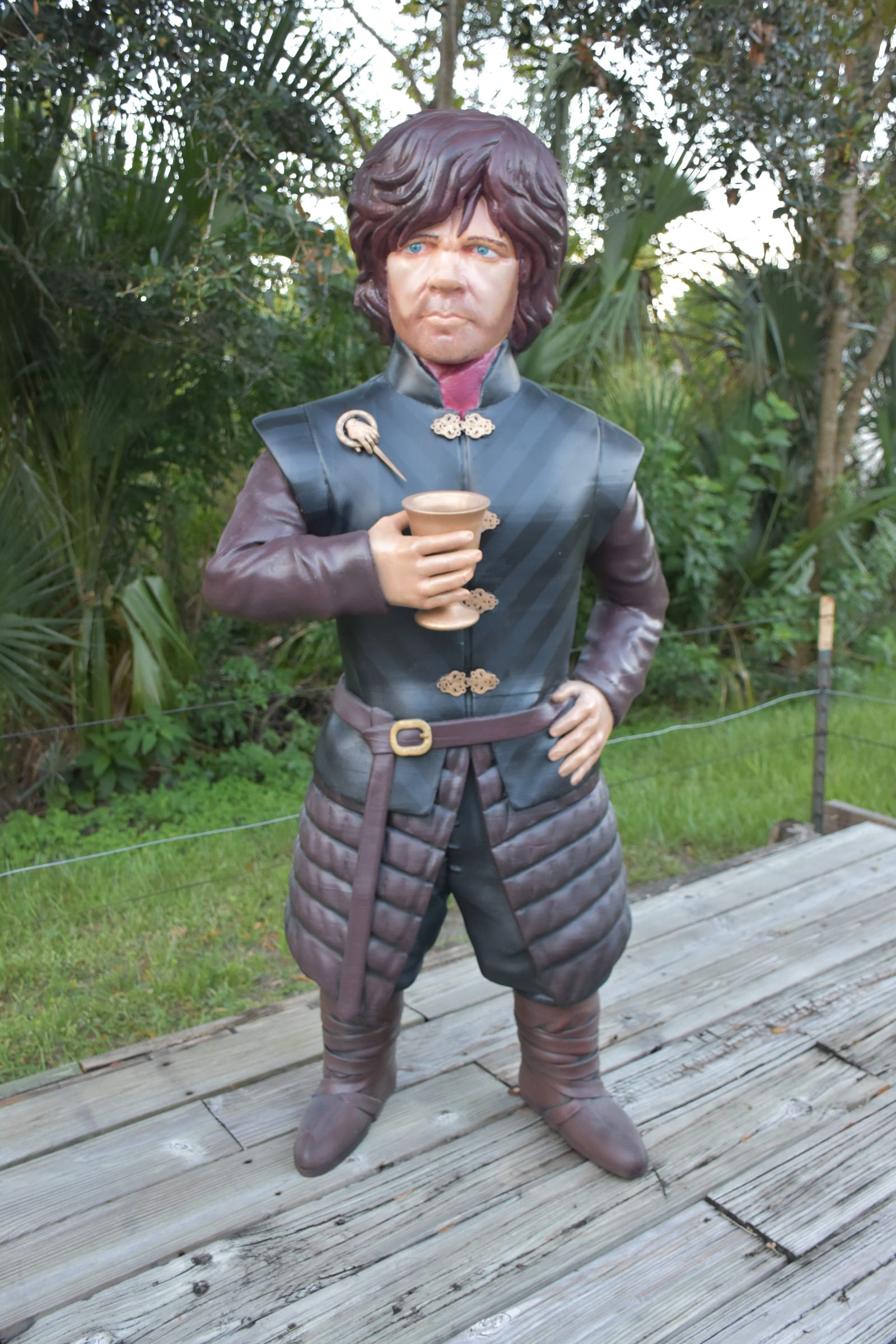 The full image of the Tyrion Lannister figure, complete with goblet.