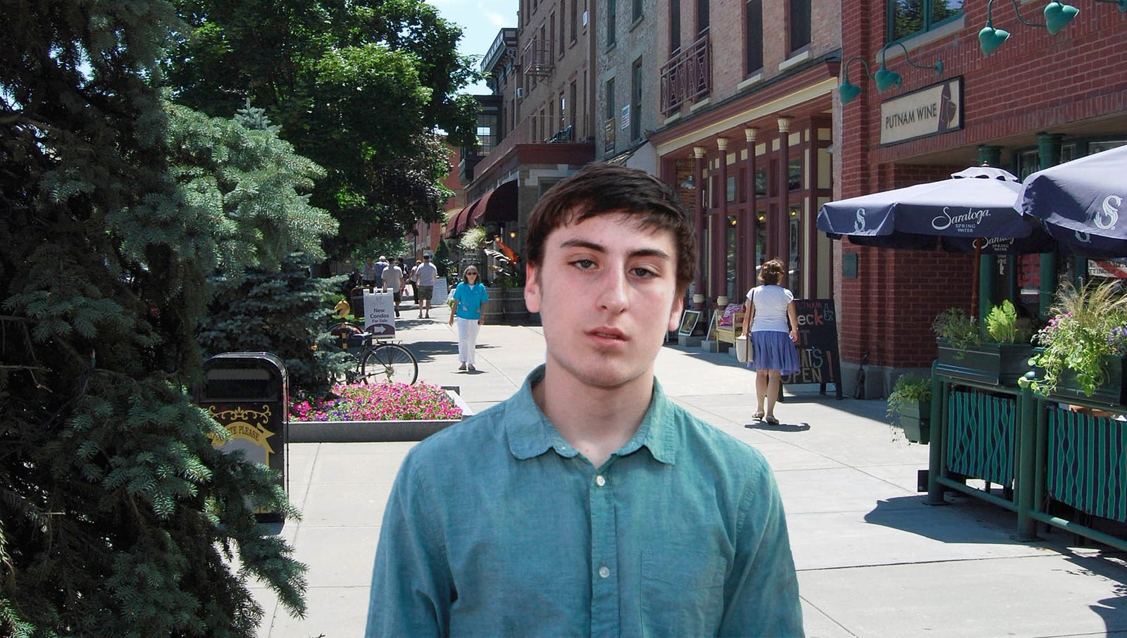 Liberal Arts Graduate Realizes He's Already Forgotten 90% Of Human Condition