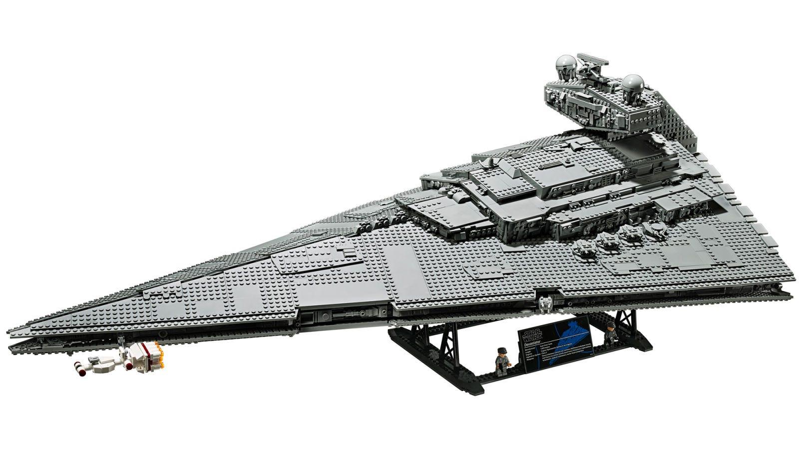 Illustration for article titled Este set de Lego de iStar Wars/i de un Destructor Estelar tiene casi 5.000 piezas y más de 1 metro de largo