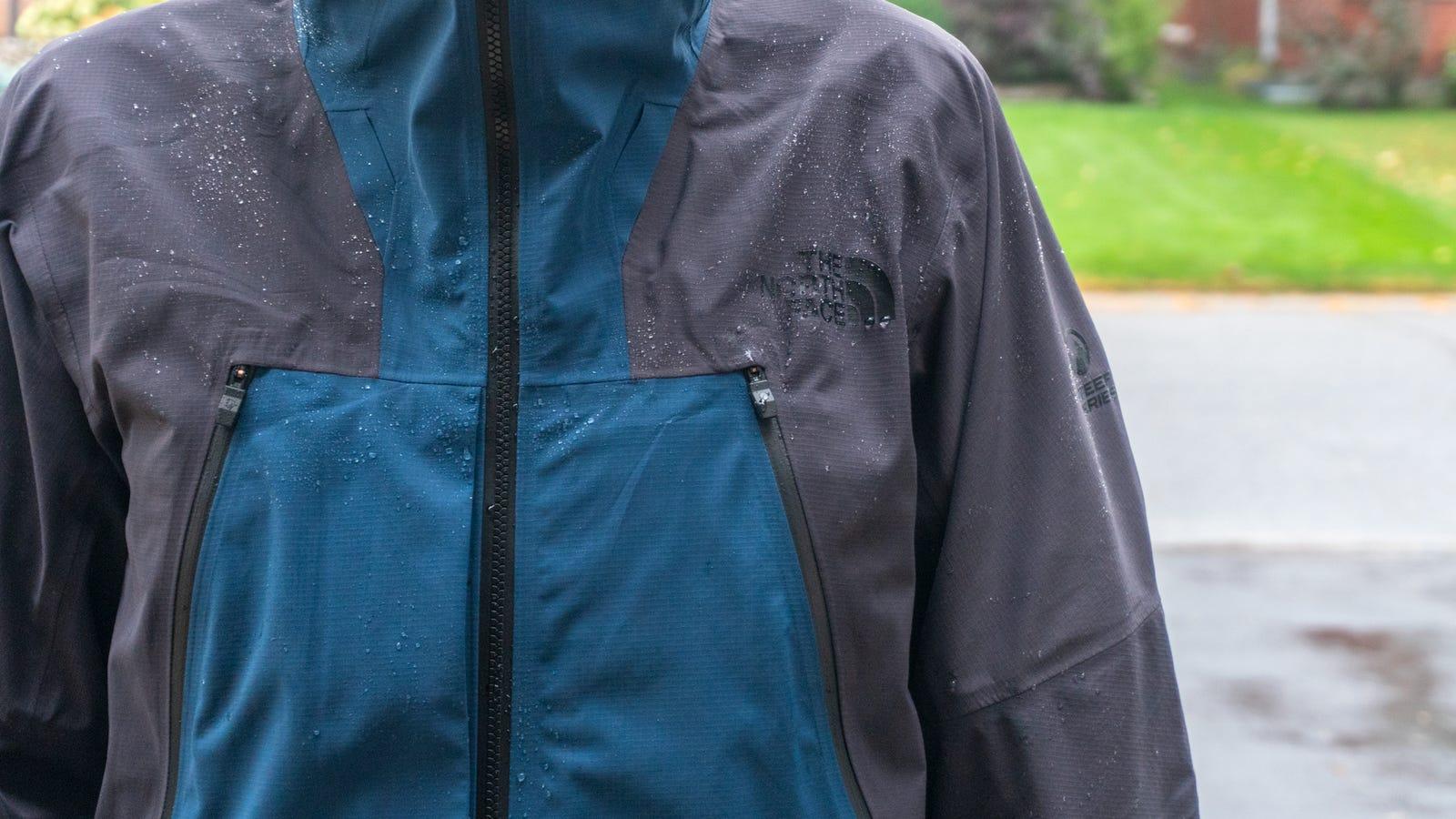 Illustration for article titled The North Faces Futurelight Fabric Finally Makes Raincoats Feel Less Like a Plastic Bagi/ii/i