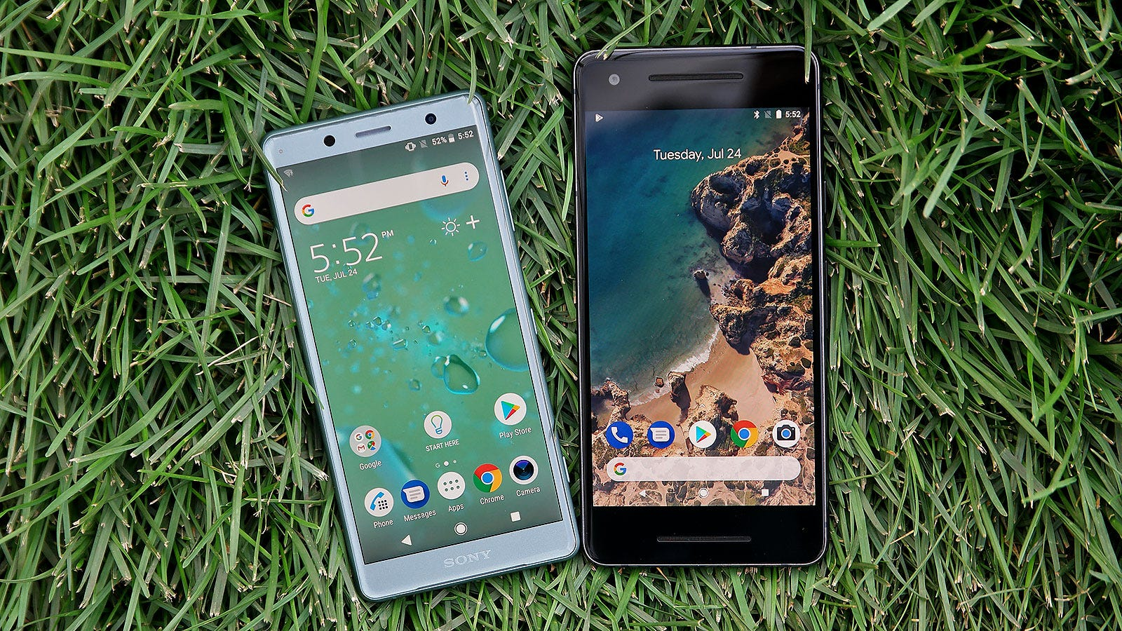 The XZ2 Compact looks small even when compared the Pixel 2. And look at all of the Pixel 2's excess bezels too, yuck.