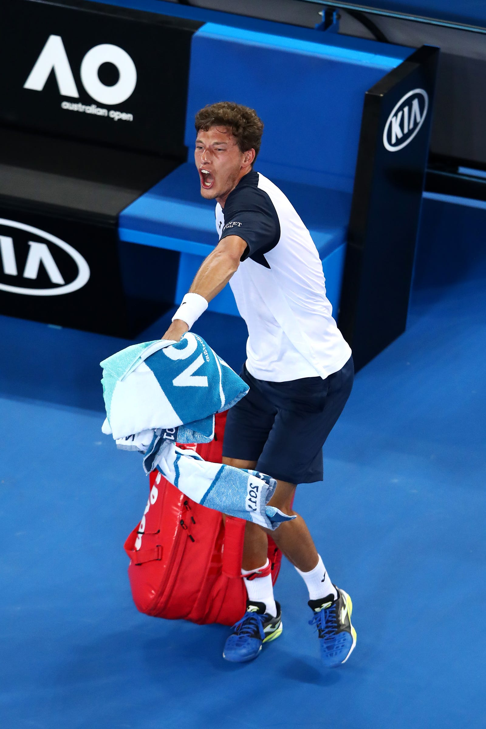 Illustration for article titled Poor Pablo Carreño Busta Chucked His Bag And Raged Off The Court After A Thorny Call