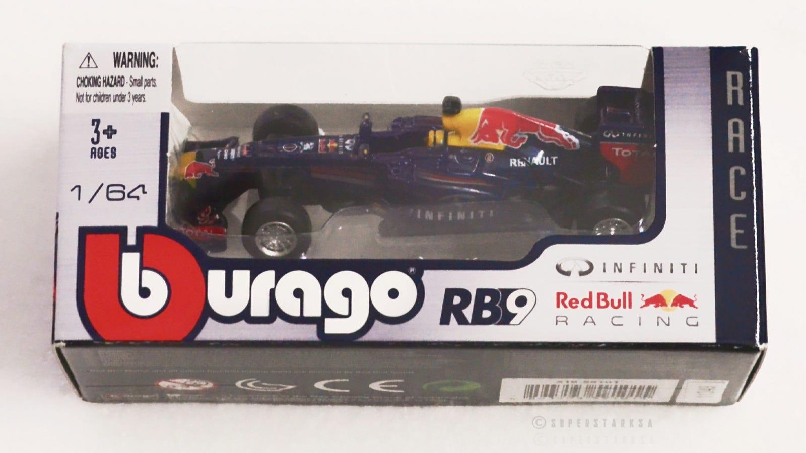 Sebastian Vettel Red Bull RB9 #1 World Champion formula 1 2013 1:64 Bburago
