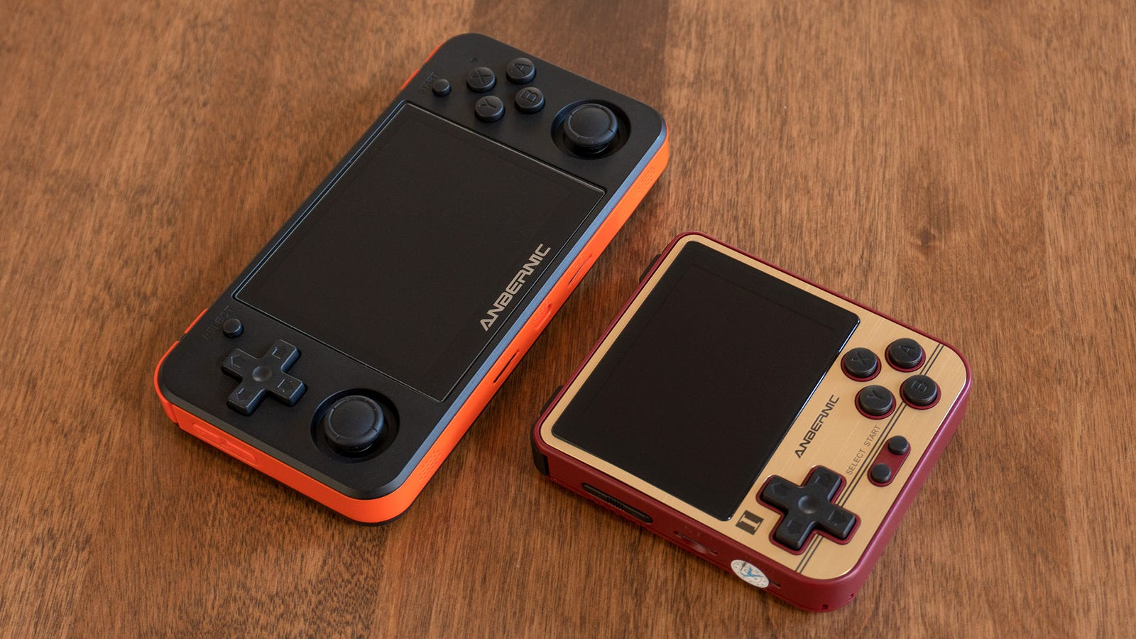 The RG280V (right) is much smaller than the RG350P (left) but runs with the same processor and RAM so it can technically play any game the larger handheld can.