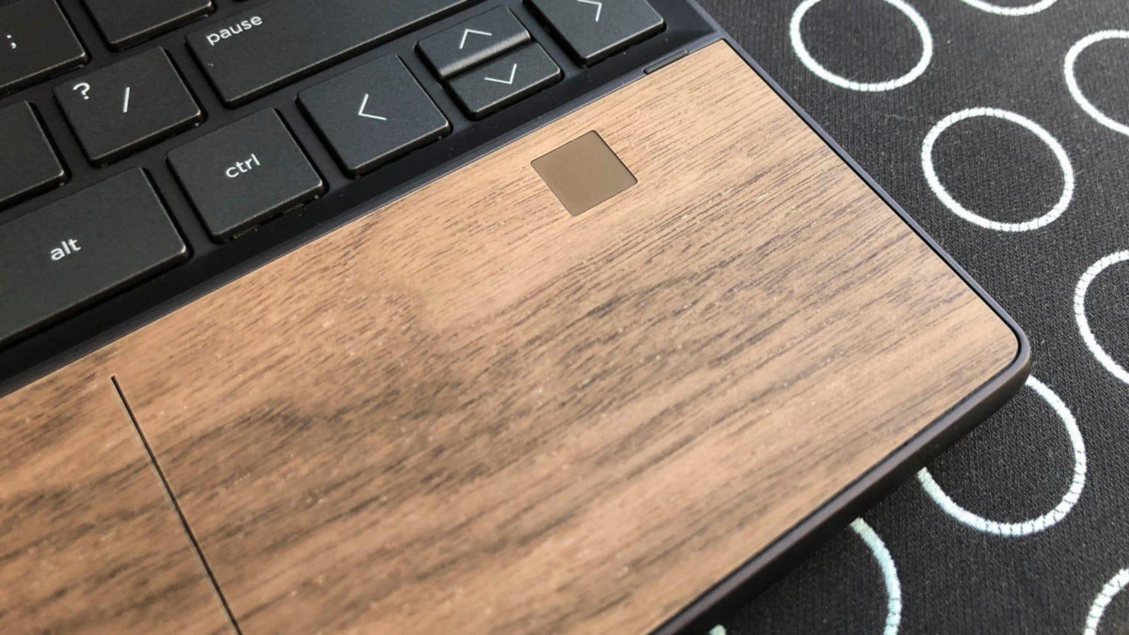 Illustration for article titled Es bastante chocante que la compañía que más esté innovando en diseño de portátiles ahora mismo sea HP
