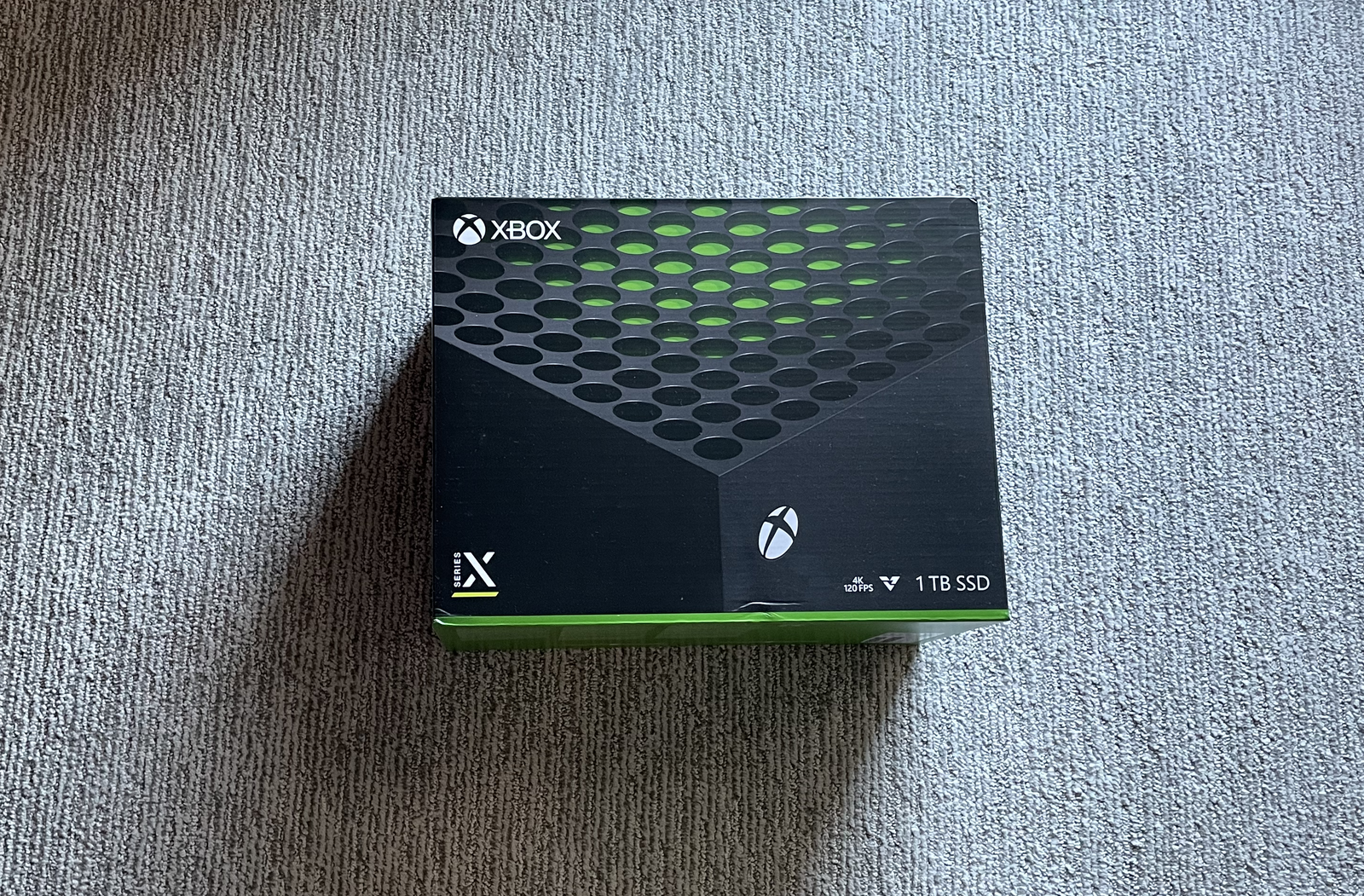 Illustration for article titled Microsoft sent us an Xbox Series X, but were only allowed to talk about the box it comes in