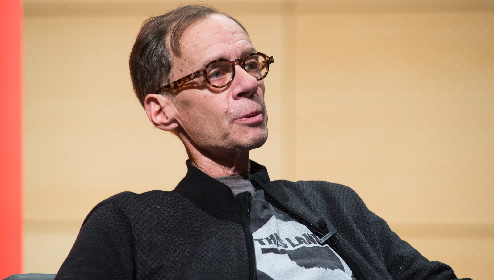 David Carr: The acclaimed writer died this year alongside his beloved investigative journalism.